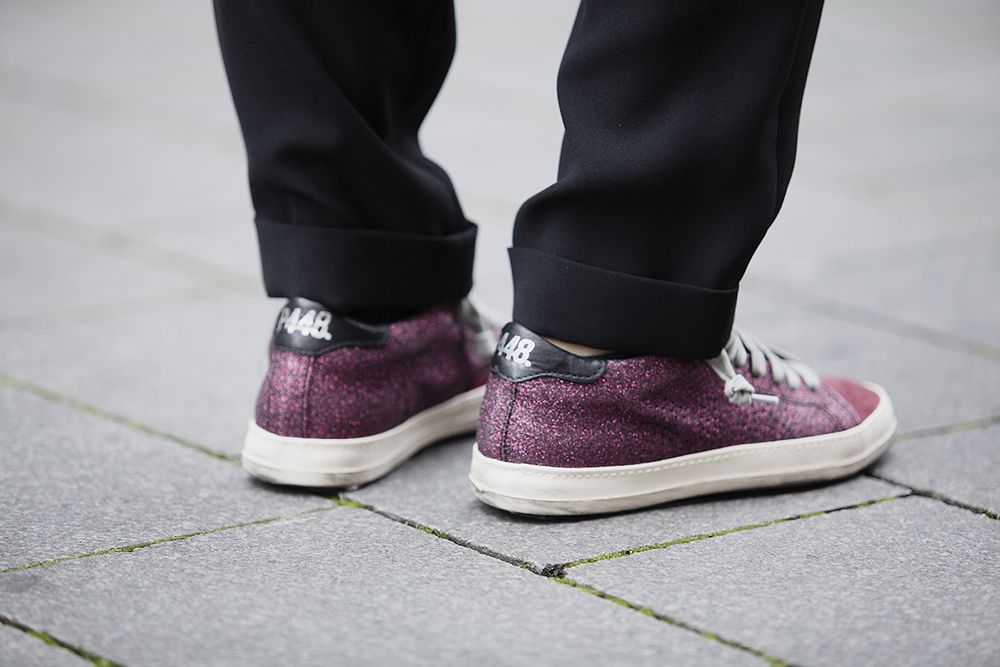 BlogForShops streetstyle look fall winter 2015 wearing P448 red sneakers