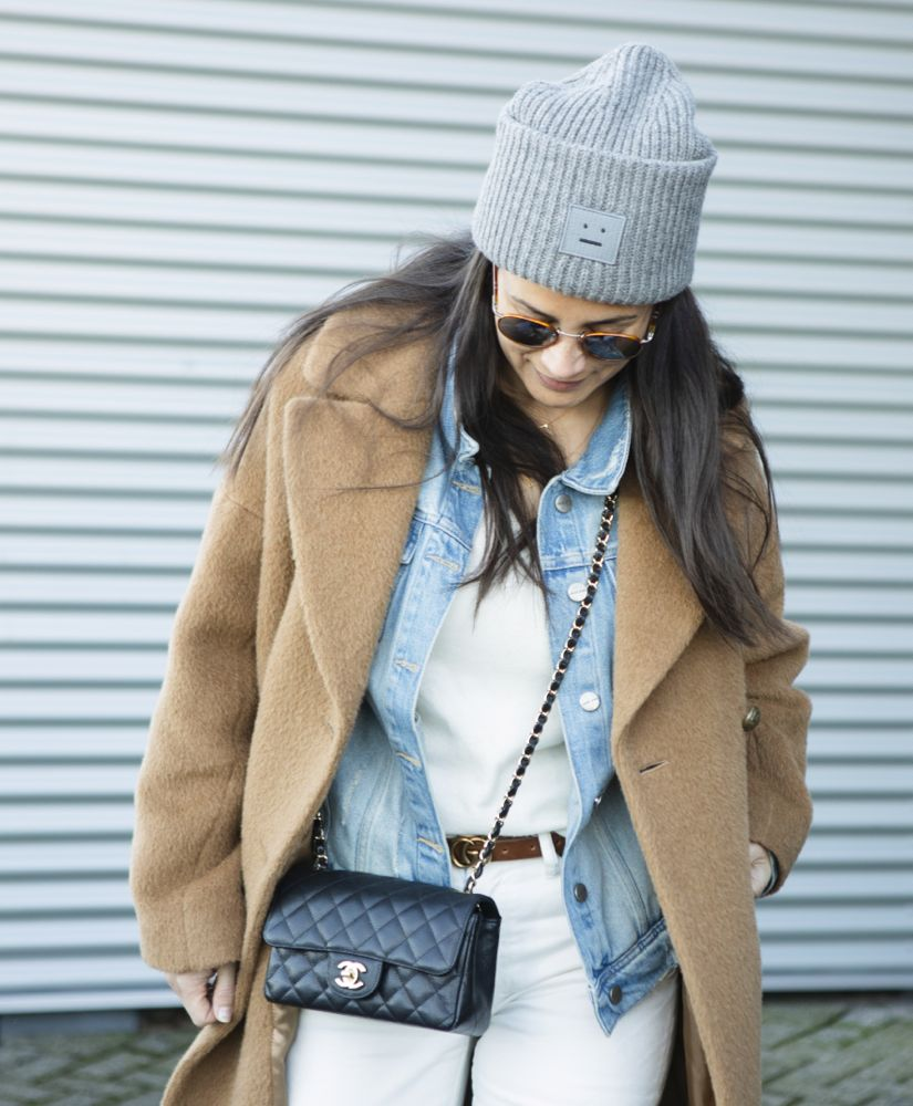 Streetstyle Styling Stories Acne knitted hat, Persol sunnies, Chanel mini classic caviar black, Acne high waist white denim, See by Chloe Eileen boots, Anine Bing denim jacket, Resort Finest fine knitwear cashmere, Personal Shopper, Styleblog, Stylist