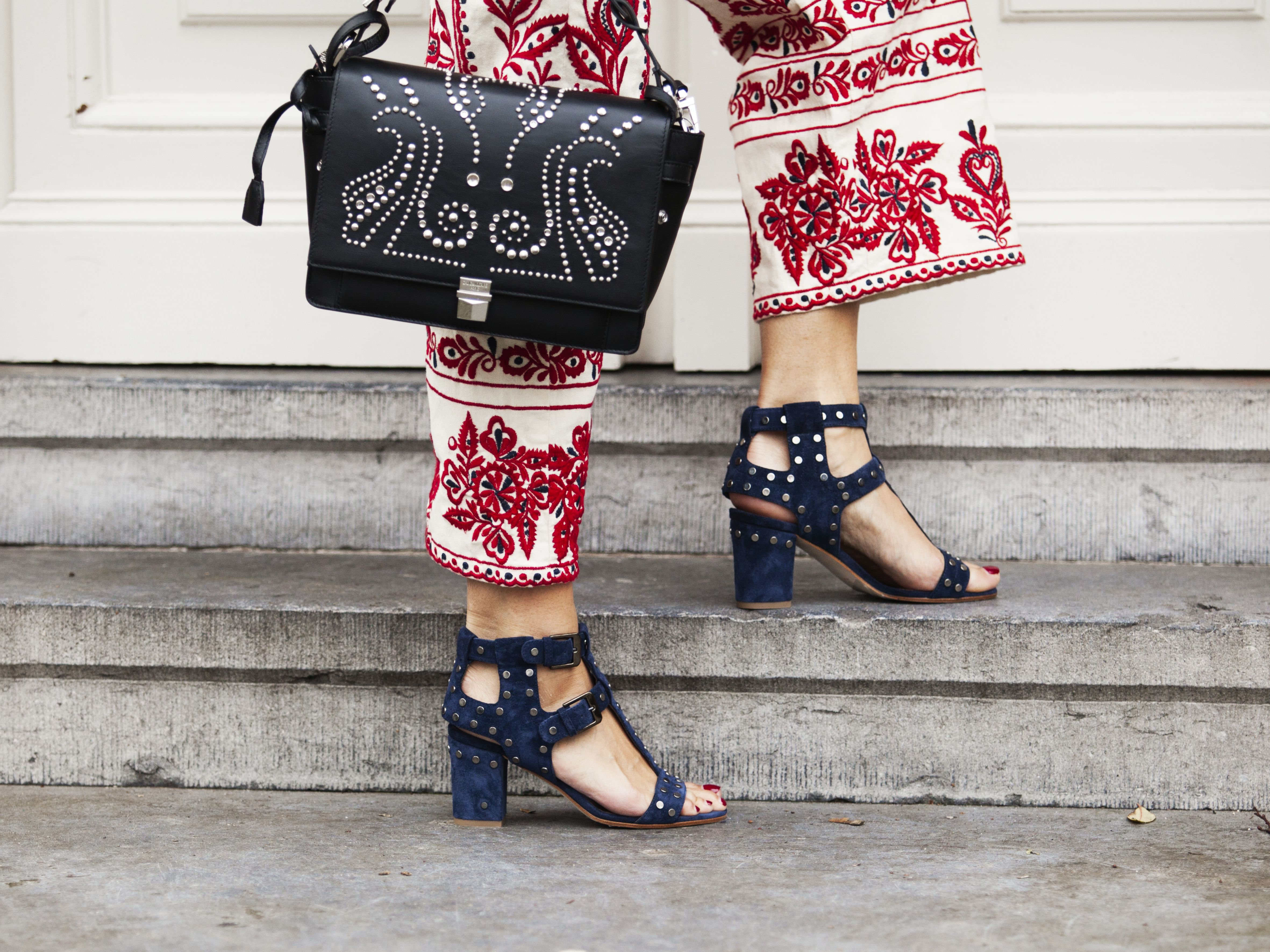 Mayke make a statement shoes Laurence Decade, Zadig et Voltaire handbag