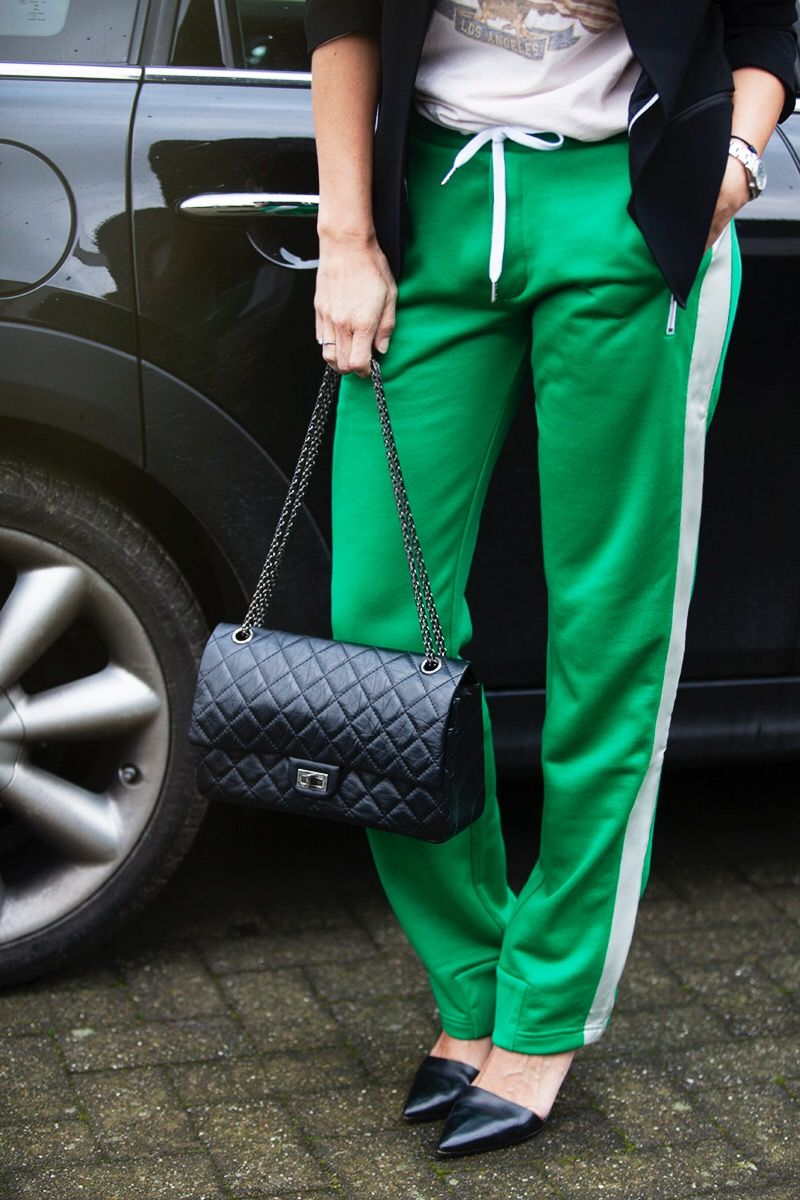 how to wear trackpants streetstyle BlogForShops for Perfectlybasics.com pants Rag&Bone Blazer Zadig et Voltaire T-Shirt Anine Bing Lovisa pumps Alexander Wang handbag Chanel classic 2.55